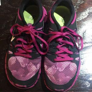 NIKE Free Run 5.0 Running Shoe
